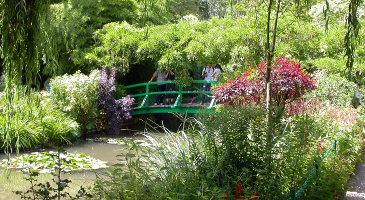 Местечко Живерни недалеко от Парижа - дом-музей и сад Клода Моне