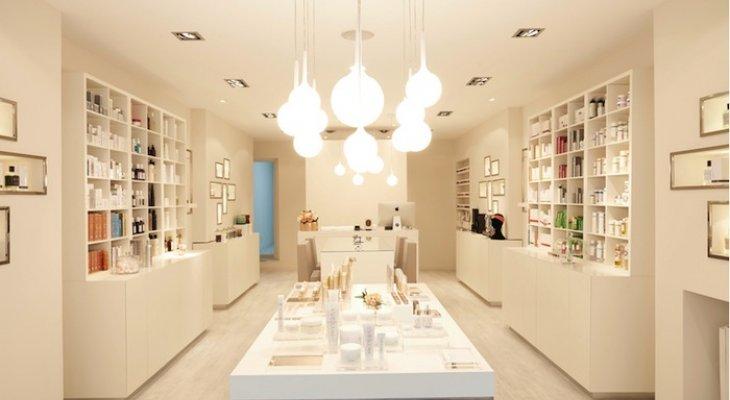 Концептуальный магазин элитной  косметики e-clat
